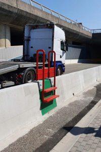Übersteighilfe / Übersteigleiter für Betonschutzwand - Produkt LT 904