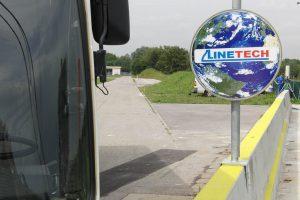 Produktbild LT 901 Verkerszeichen Halter Zubehoer Ortbetonschutzwand Betonfertigteilwand Linetech Fahrzeugrueckhaltesystem Betonschutzwand