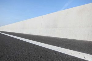 LT-103 Linetech Betonschutzwand Fahrzeugrückhaltesystem Strecke