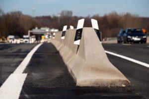 LT-206 Linetech: Betonschutzwand Fahrzeugrückhaltesystem